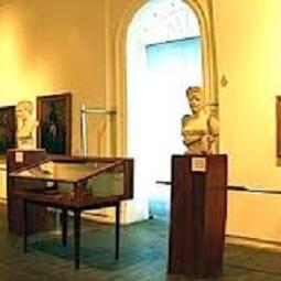 hamyartest - همیار تست - نمونه سوال و آزمون آنلاین - سوال راهنمای موزه